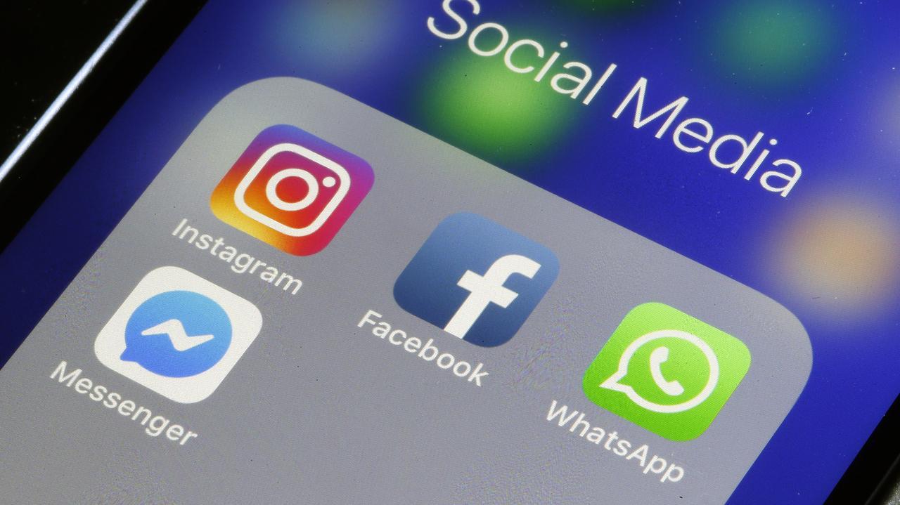 WhatsApp ve Instagram gitti geldiInstagram ve WhatsApp kısa süreliğin çöktü. Erişim sorunuyla ilgili resmi açıklama beklenirken kullanıcılar…