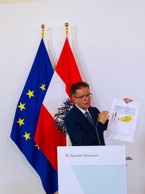 Avusturya'dan EMA'ya 'AstraZeneca' çağrısı: Nihai kararı verin