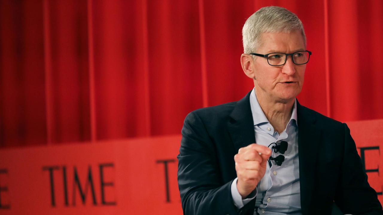 Tim Cook COVID'in 'sistemik adaletsizliğine' vurgu yaptı Tim Cook, Covid-19'un sistemik adaletsizliğine vurgu yaptı. Apple CEO'su koronavirüs salgını geriledikçe…